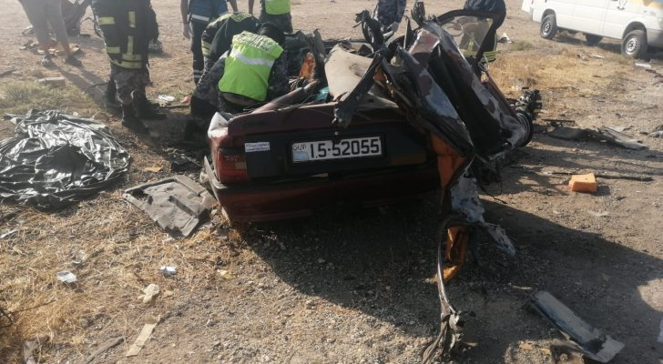 مصرع 5 اشخاص من أُسرة شاعر عراقي معروف بحادث مروع