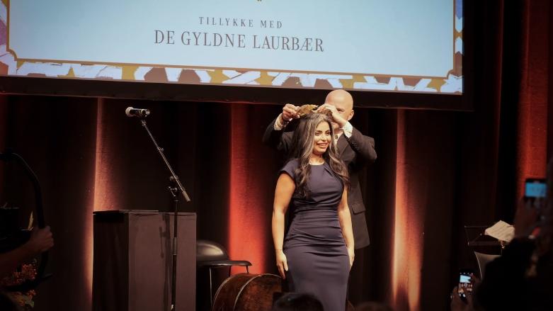 أول امرأة كوردية وشرق أوسطية تفوز بجائزة لوريال الادبية الدنماركية