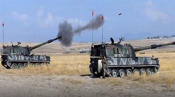 تركيا وفصائل موالية لها تقصف بكثافة قرية في سوريا