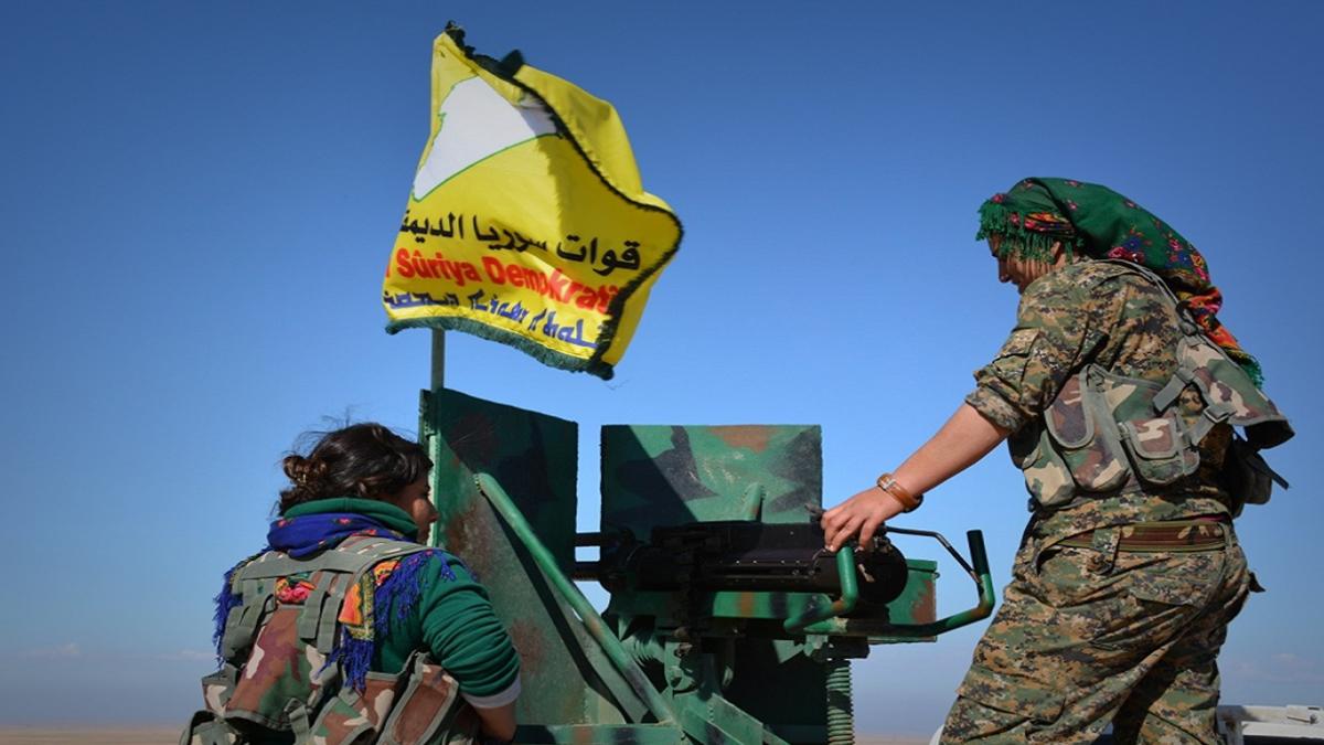 """""""قسد"""" ترفض تسليم بلدة استراتيجية لقوات النظام السوري"""