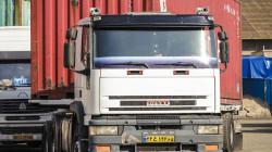 بقيمة تخطت مليار دولار .. إيران تصدر بضائع للعراق عبر 1000 شاحنة يوميا