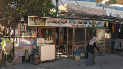 صور.. مقهى شعبي في كركوك يقدم أنواع شاي مبتكرة