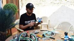 عراقي يصنع اجهزة تنفس من مواد بسيطة لمواجهة كورونا