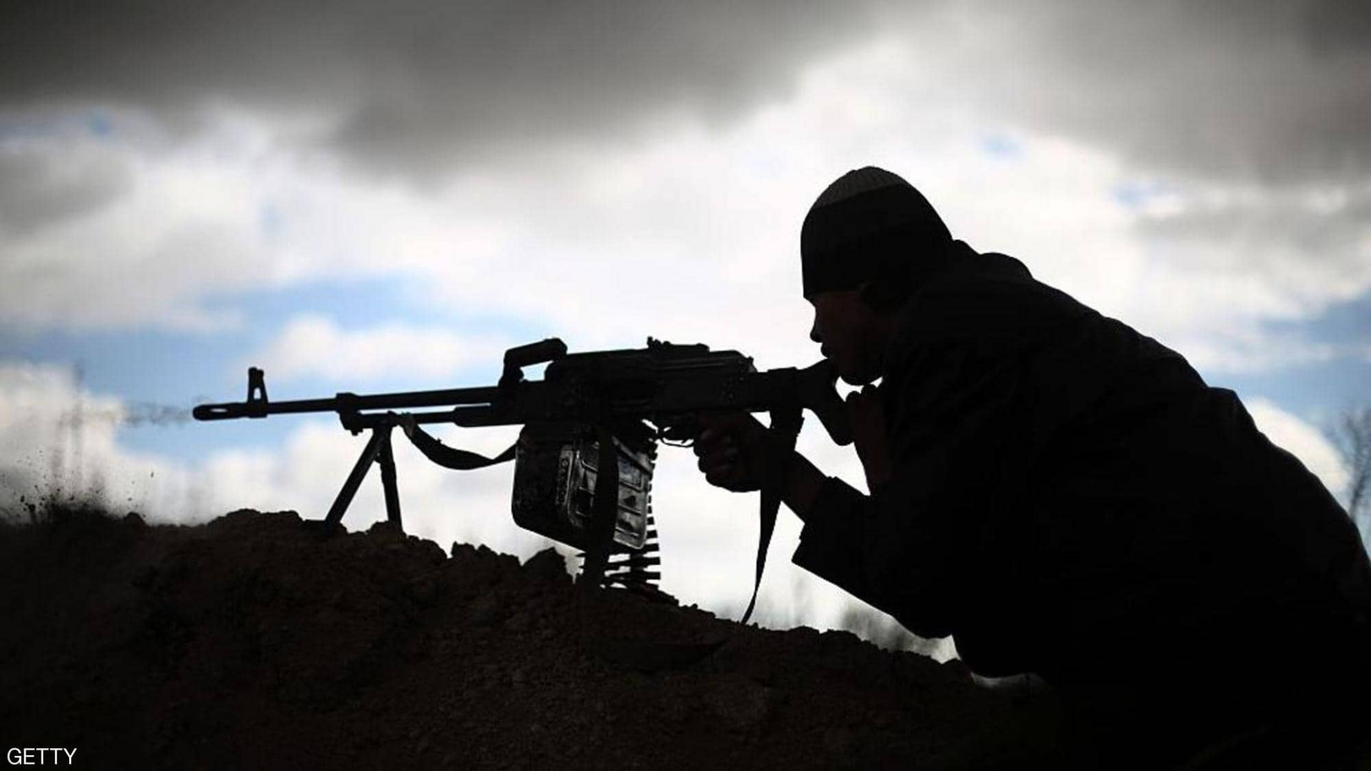 مجهول يقنص جندياً قرب بغداد