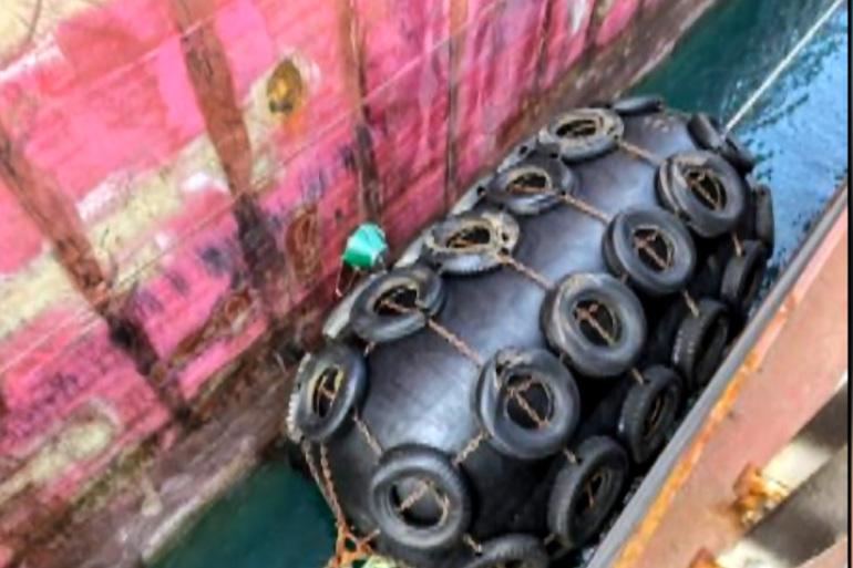 """النفط تعلن انتهاء عملية إبطال """"اللغم"""" البحري والنقل تؤكد استمرار عمل الموانئ"""