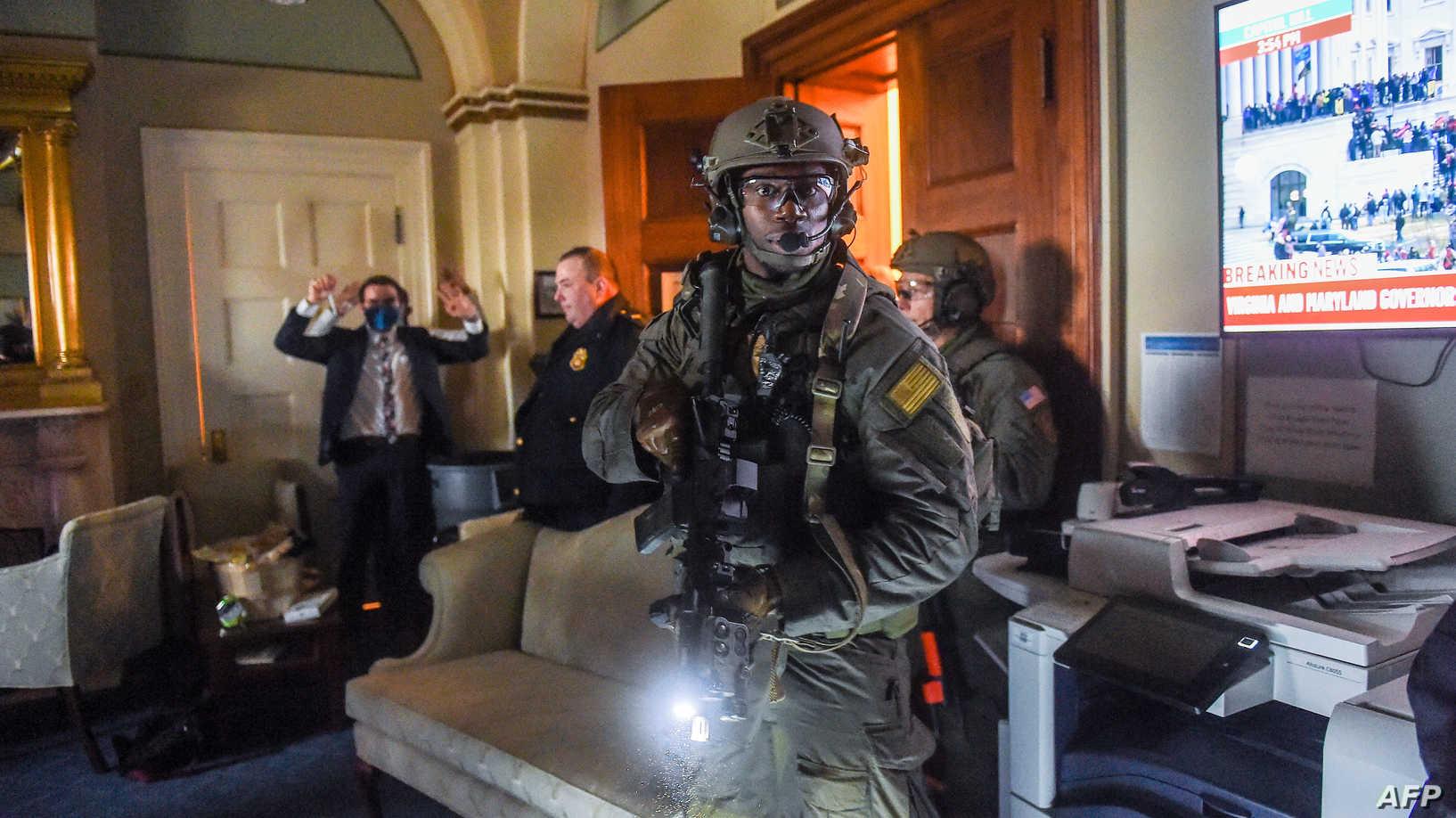 نائب أميركي: ما حدث بالكونغرس أشبه بحرب العراق