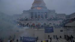 فيسبوك يمدد حظر ترامب لحين نقل السلطة