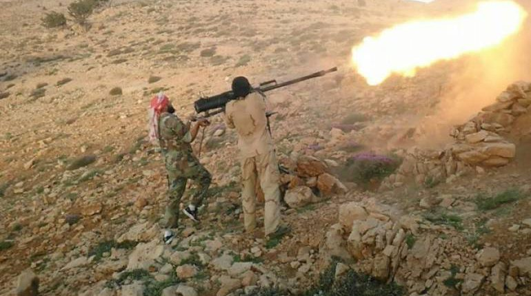 Violent clashes broke out between Ahrar Al-Sham faction and ISIS in Idlib