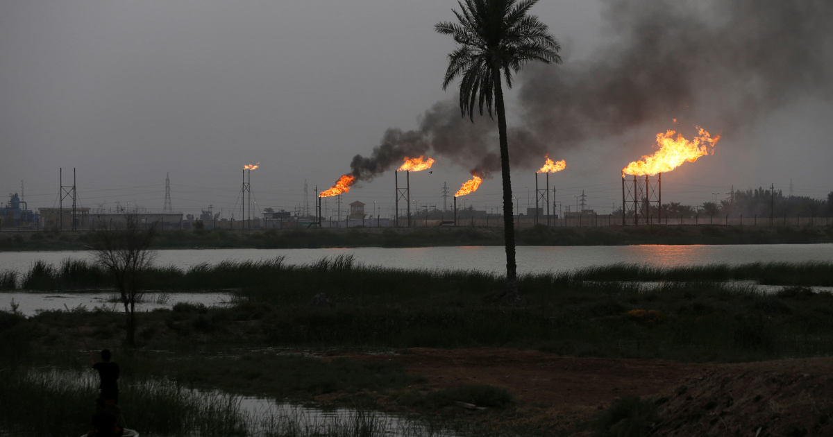 Oil prices dip on virus worries and China losses