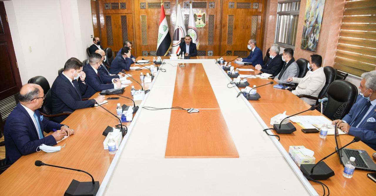 العراق يشرك القطاع الخاص بعملية فحص السلع والبضائع المستوردة