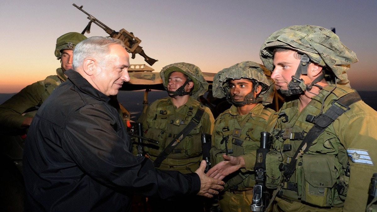 إسرائيل تطرح الخيار العسكري لمواجهة إيران