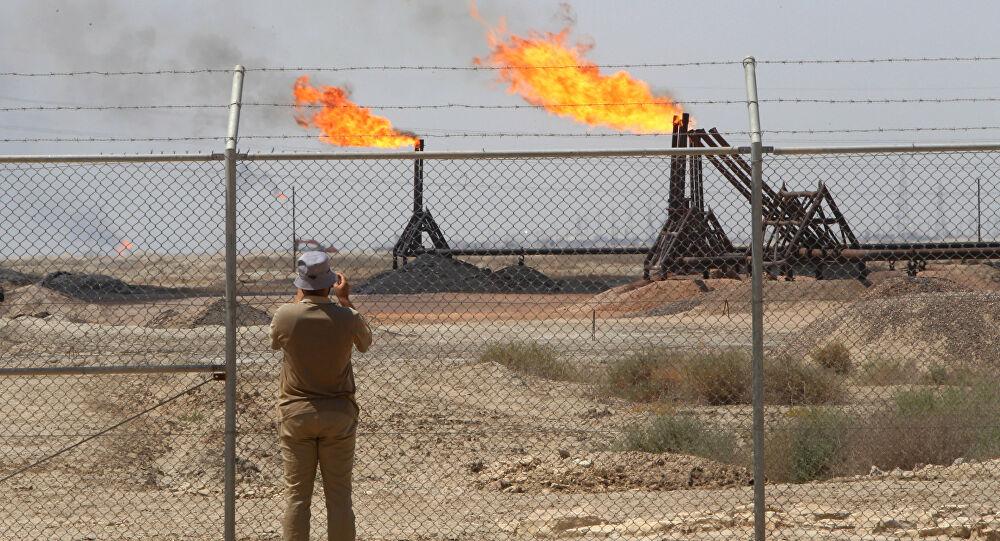 إنخفاض أسعار النفط بفعل ارتفاع الدولار