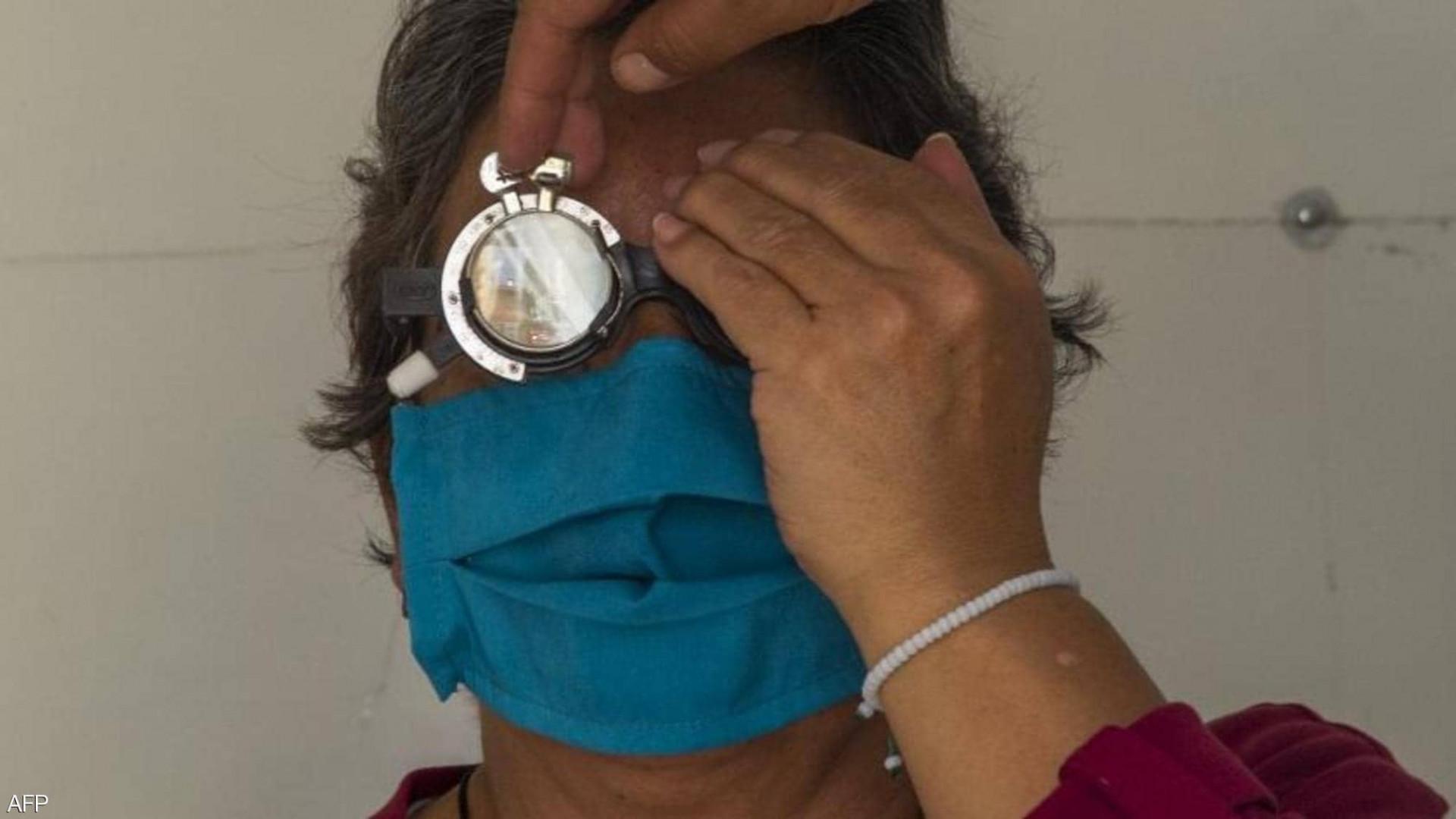 مرتبطة بالعينين.. أعراض جديدة لفيروس كورونا