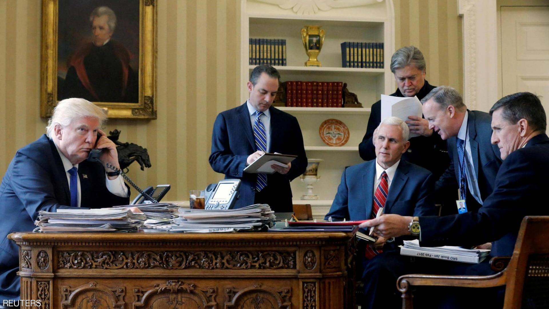 في الساعات الأخيرة.. ترامب يعفو عن نائبه السابق