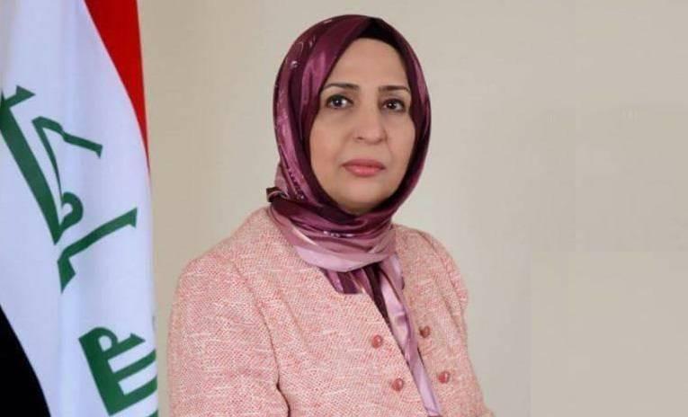 نائبة: اقتصاد البلاد الريعي وراء توجه العراق للاقتراض