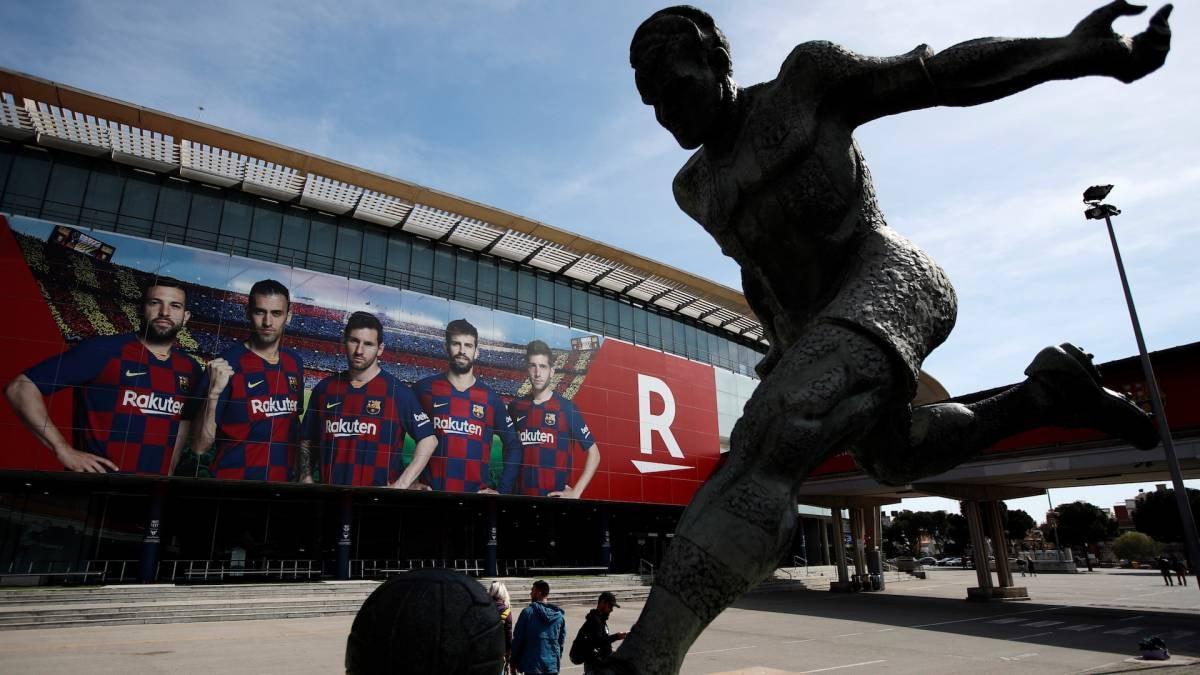 """يويفا يهدد: لاعبو """"السوبر ليج"""" لن يمثلوا منتخباتهم"""
