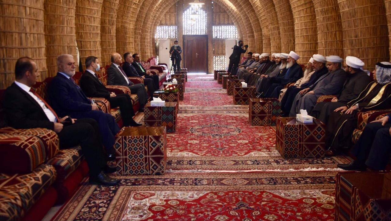 "مفتي العراق يدعو لإصدار عفو عام وتعديل ""4 إرهاب"""