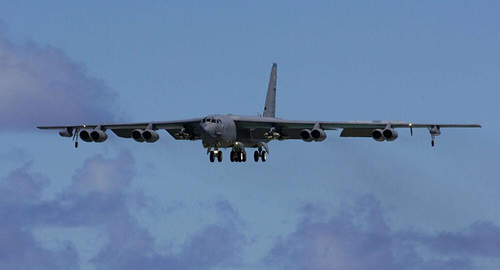 قاذفة أمريكية تعاود التحليق في سماء الخليج في رسالة جديدة من إدارة بايدن
