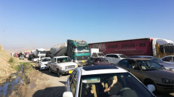 Truck drivers block the Mosul-Erbil road