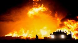 بعد عاصفة ثلجية غير عادية.. حريق كبير يشرد العشرات في تكساس