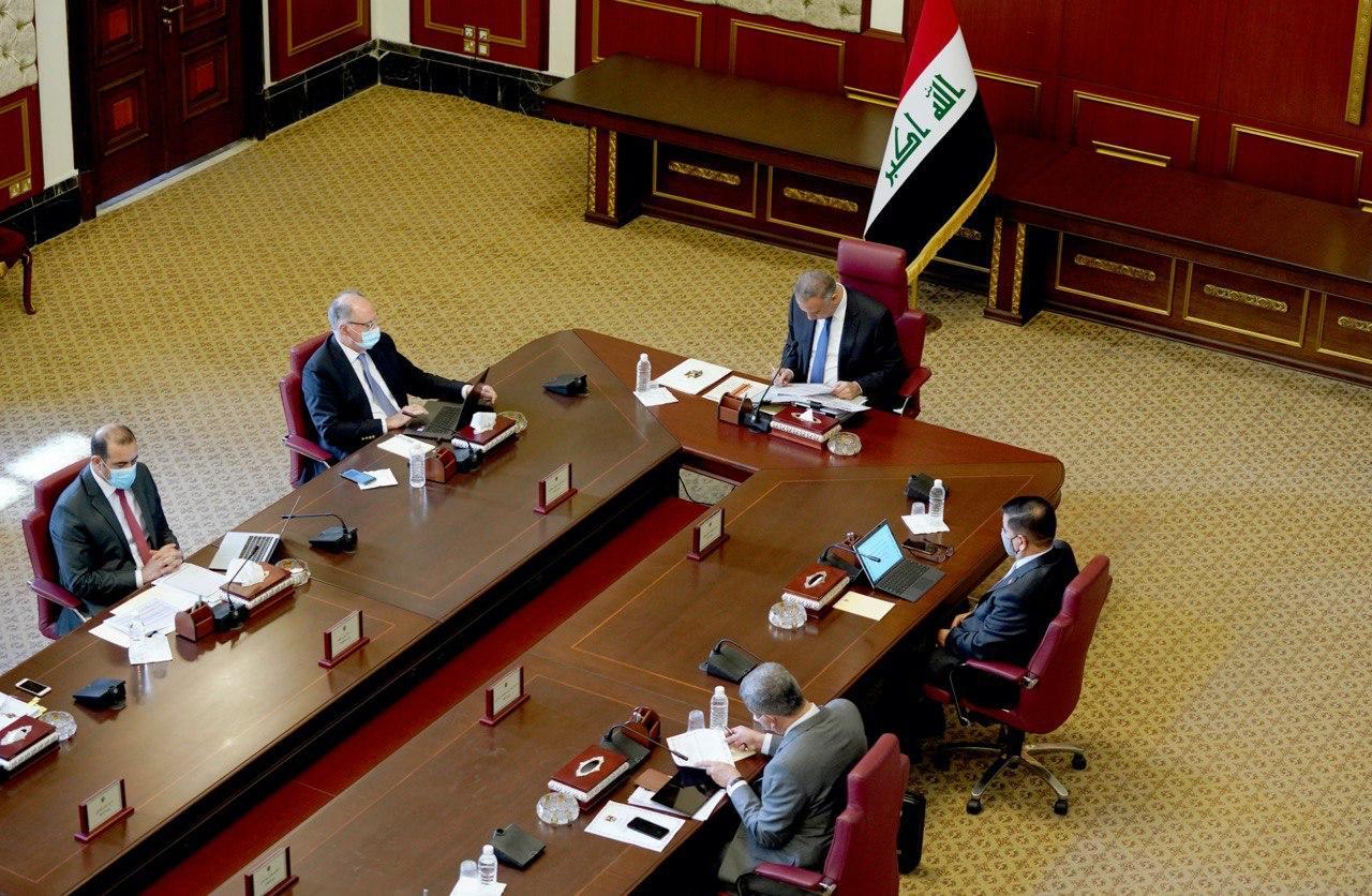 الحكومة العراقية تحيل الى البرلمان مشروع قانون يخص لقاح كورونا