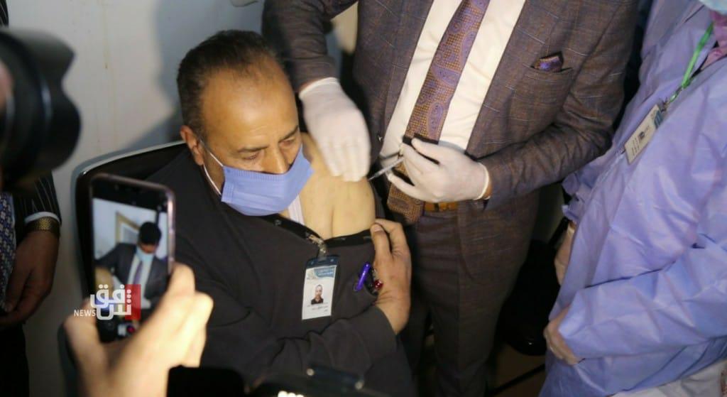 الصحة العالمية تكشف موعد وصول جرعات لقاح كورونا للعراق