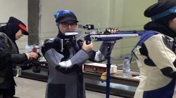 لاعبة ايلامية تحصد الذهب في المسابقات الإيرانية للرماية