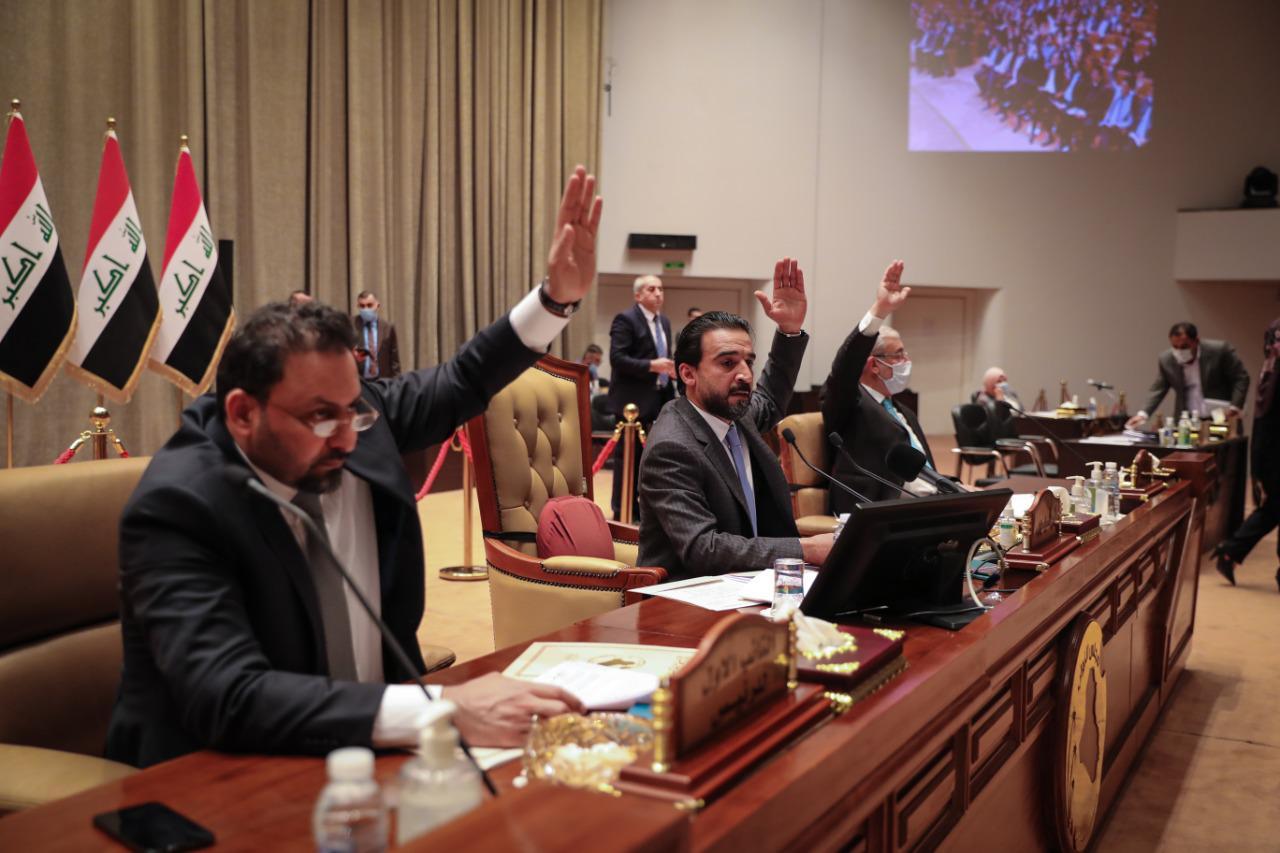رئاسة البرلمان تؤكد على تجاوز الروتين وتفعيل اتصال مباشرة بين المحافظات والحكومة الاتحادية