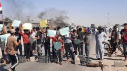 صور.. قطع طريقٍ إستراتيجي وجسرين في تظاهرات بمحافظتين عراقيتين
