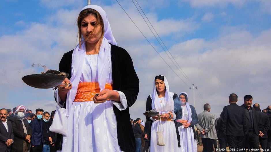 الايزيديون يسكنهم الخوف: سيهاجموننا المسلمون عندما يحين الوقت!