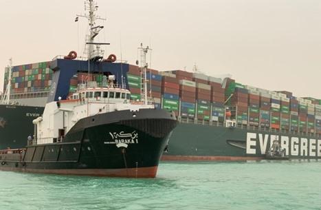 هيئة قناة السويس تعلن نجاح عملية تعويم السفينة الجانحة وعودة الملاحة
