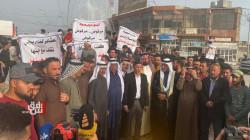 صور.. ازمة ادارية تتجدد في بيجي وتظاهرات تطالب باعادة القائممقام