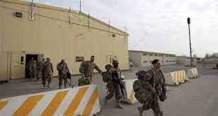 جريحان في إطلاق نار قرب قاعدة عسكرية أمريكية