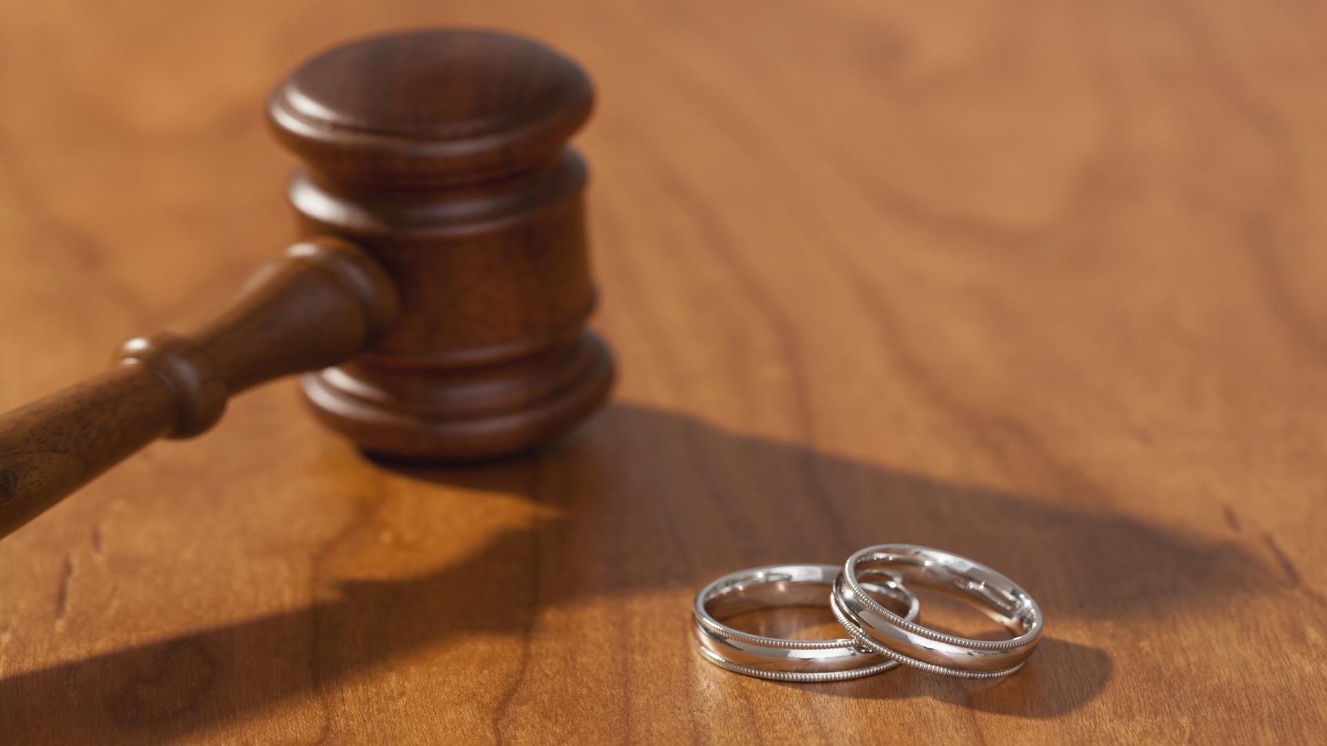 القضاء العراقي يكشف عن أغرب حالة طلاق في بغداد أحدثت صدمة