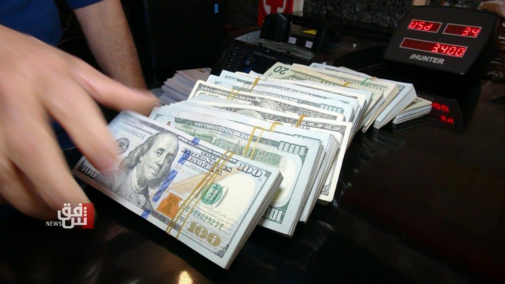 ارتفاع طفيف بأسعار الدولار في بغداد واستقراره في إقليم كوردستان
