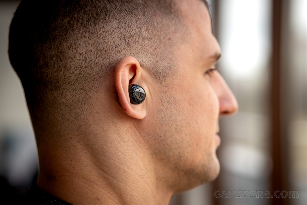 دراسة تكشف  فاعلية سماعة Galaxy Buds Pro في مساعدة ضعاف السمع