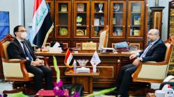 العراق يستعين بشركات فرنسية لتطوير قطاع الاتصالات