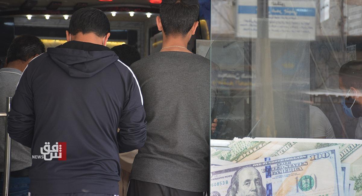 إقبال لافت على مكاتب الصرافة خلال حظر التجوال الكلي في ديرك