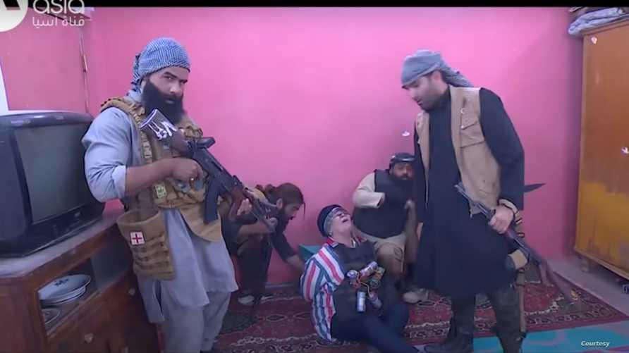 """كاميرا خفية لـ""""الحشد الشعبي"""" تثير غضب العراقيين"""