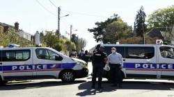 تونسي يطعن شرطية فرنسية حتى الموت.. ومقتل المهاجم