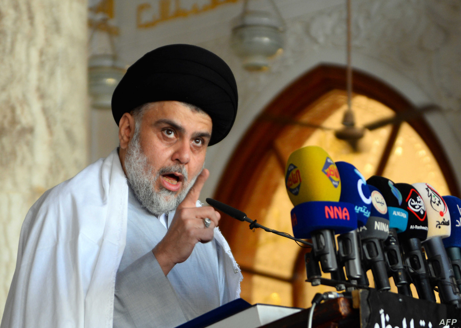 Al-Sadr condemns parties seeking to disturb security in Iraq to delay or cancel the elections