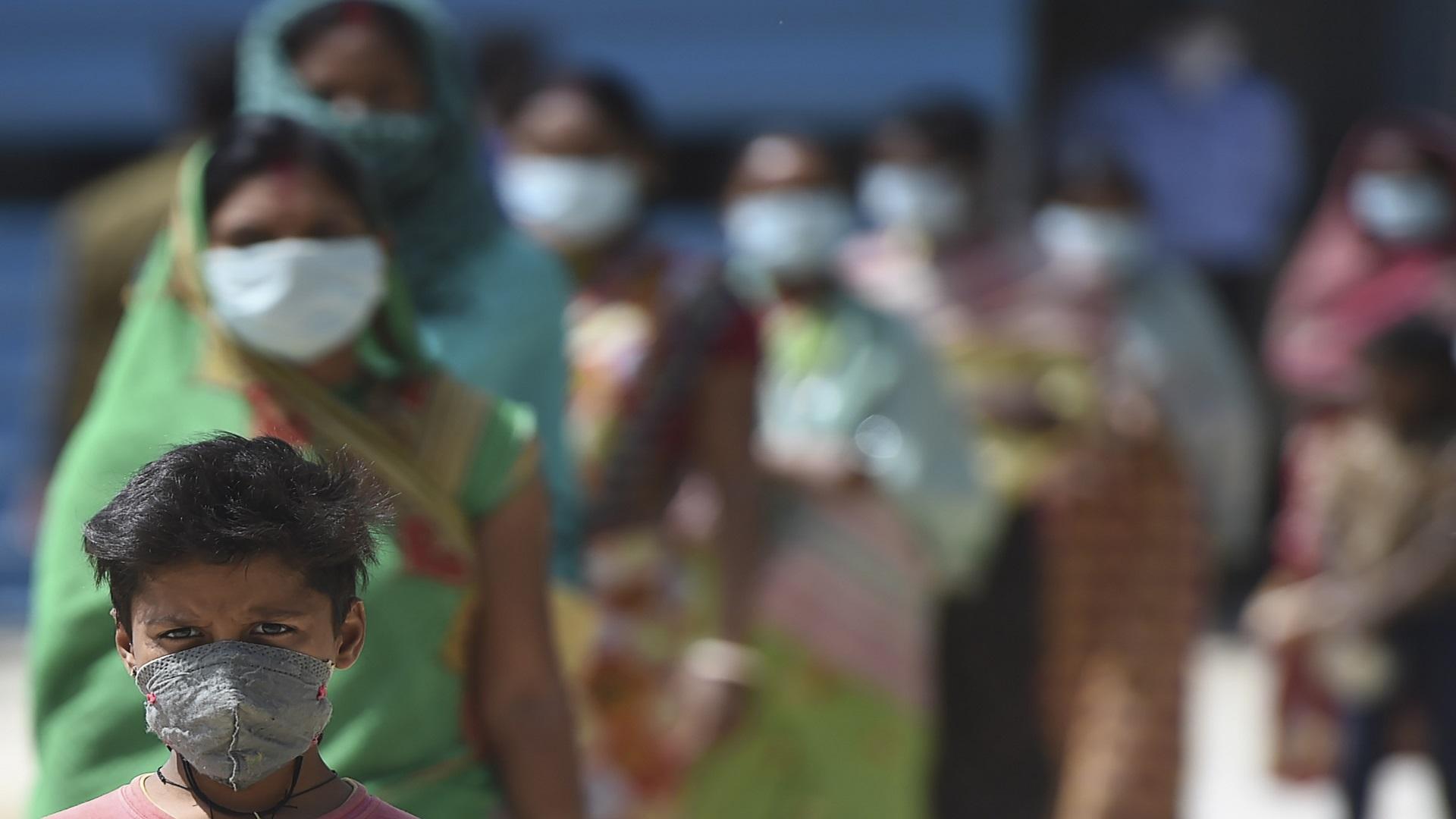 رصد 82 إصابة بكورونا بين الوافدين من الهند