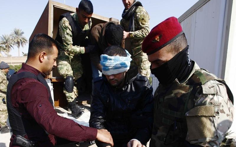 The Iraqi intelligence agency arrests a dangerous terrorist in Fallujah