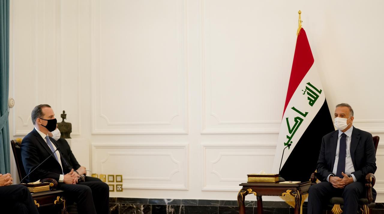 الكاظمي يلتقي وفدا امريكيا في بغداد ويناقشان عدة مواضيع بينها الانسحاب العسكري من العراق