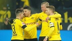 هالاند يسجل مجددا ويقود دورتموند لوصافة الدوري الألماني