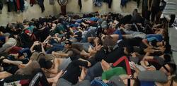 منظمة دولية: العراق يحتجز الالاف بظروف مهينة وغير انسانية لا تسمح لهم بالاستلقاء
