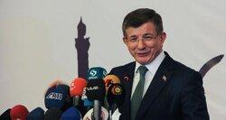 رئيس وزراء تركيا السابق يطلق حزباً منافساً لأردوغان