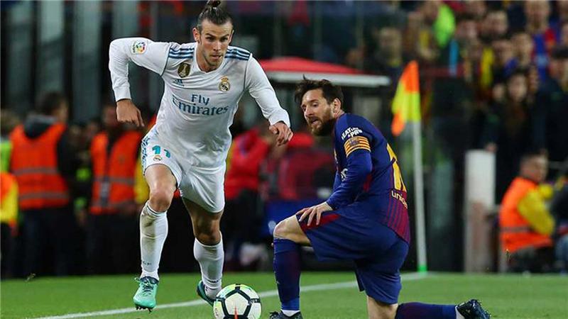 الاتحاد الإسباني يختار حكم مباراة الكلاسيكو