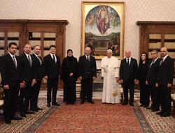 الرئيس العراقي يلتقي بابا الفاتيكان ويناقشان الزيارة المرتقبة
