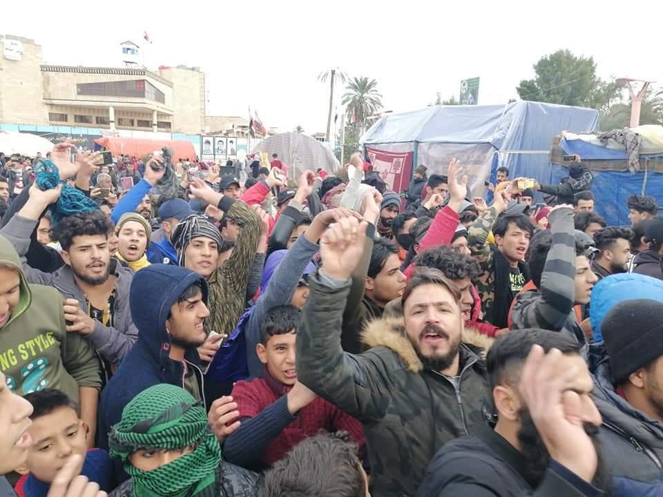 قتيل وعشرات الجرحى بين المحتجين بمحاولة استعادة زخم التظاهرات بالعراق